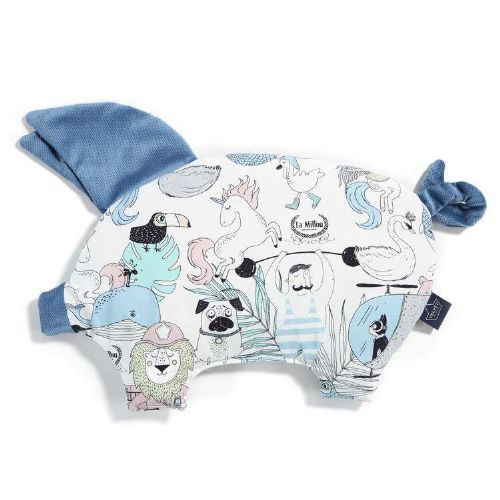 La Millou LA MILLOU FAMILY SLEEPY PIG PILLOW (BLUE)